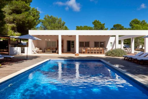 house rent cala jondal ibiza